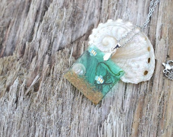 Miniature Aquarium Resin Pendant with Real Shells Moss Sand and Clay Fish