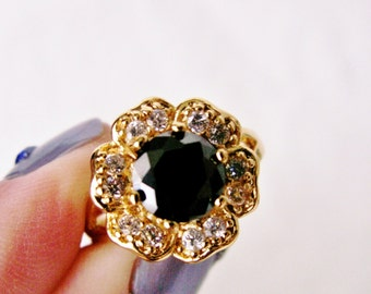 Gold Tone Flower Ring with Black Center Faceted Stone and Clear Rhinestone Petals Size 8