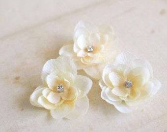 Ivory Flower Hair Clips Bridal Hair Flowers Wedding Hair Accessories Bridal Small Flower Clips Headpiece Cream Rhinestones - set of 3