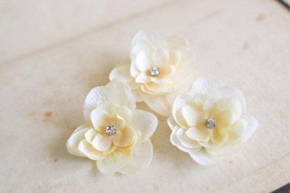 Bridal Ivory Flower Hair Accessories : Ivory flower hair clips bridal flowers wedding