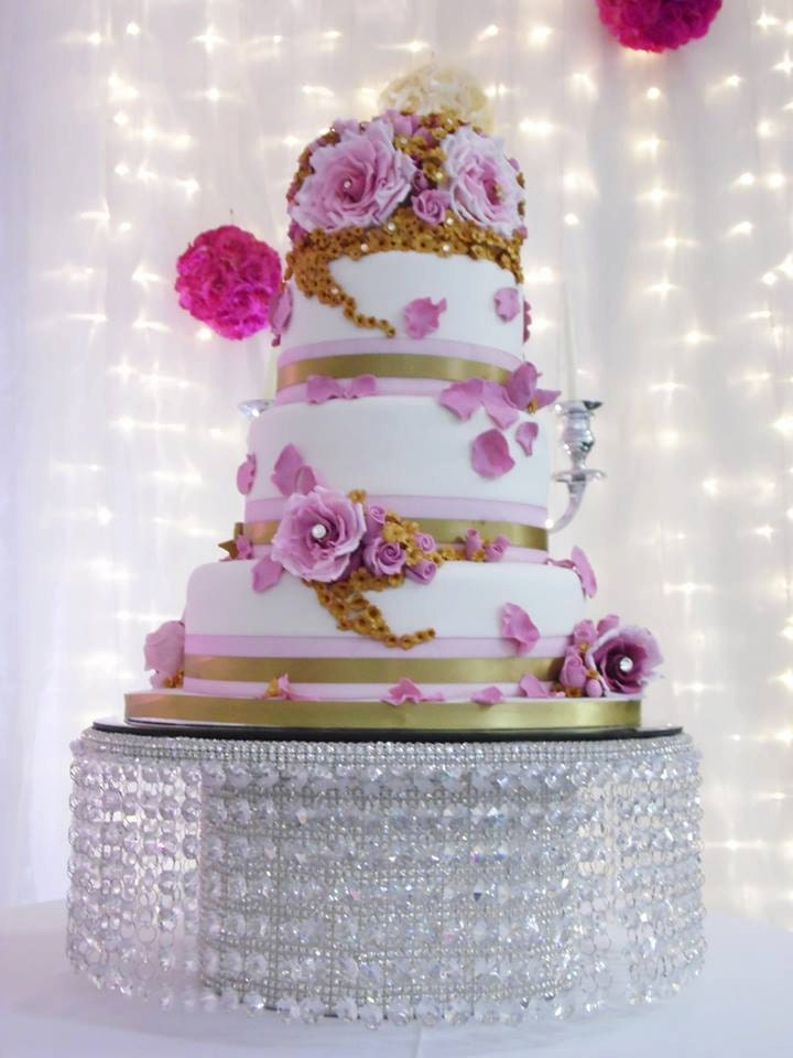 Crystal effect waterfall design wedding cake stand 7