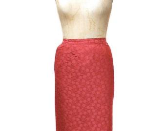 vintage 1960s cherry pencil skirt / red / novelty print / wiggle skirt / 60s skirt / rockabilly rockabetty / women's vintage skirt / size 12