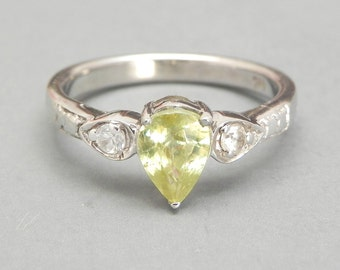 Sterling Silver Ring Peridot and White Topaz, Green Gemstone, 925 Silver Ring, August Birthstone, Size 5