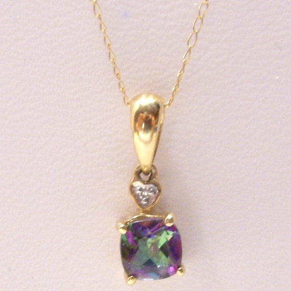 mystic topaz 10 k pendant necklace by hometownvintage on etsy