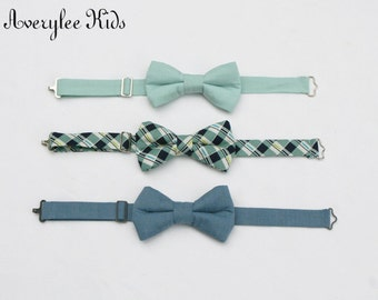 Dusty Shale Boys Bow Tie, Dusty Blue Boys Bow Tie, Navy Blue and Sage Green Bow Tie, Toddler Bow Tie, Wedding Ring Bearer, Groomsmen