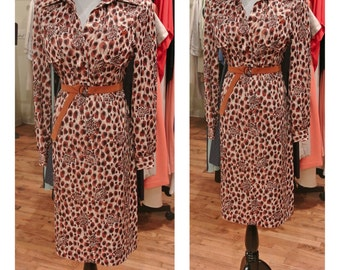 1970s Leopard Print Shirtdress Long Sleeve Button Down Midi Dress Cheetah Print Vintage Novelty Print Dress Brown Gold Yellow Day Dress