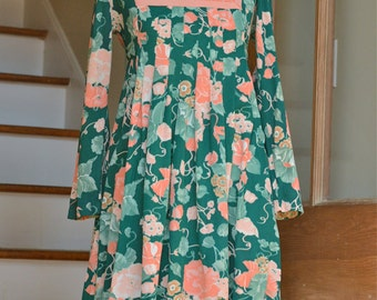 vintage 1970s green and pink floral pleated dress