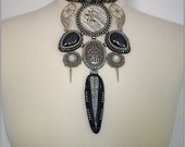 Mechanical Valkyrie - Steampunk choker necklace with druzzy agates and orthoceras, bead embroidered