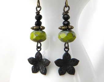 Beaded Earrings - Chartreuse Flower Earrings - Nature inspired Jewelry - Black Flower Charm - Dangle Earrings -  Czech Green Bead Earrings