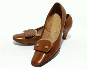 60's Leather Shoes Two Tone Tab Heels