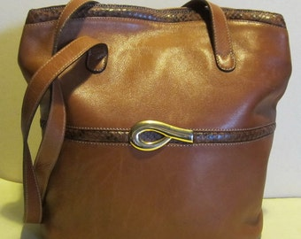Gorgeous brown leather shoulder bag, Vivalli, Italy