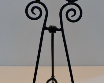"15"" Wrought iron black metal display easel."