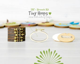 DIY Brooch Kit - Mini Embroidery Oval Hoop Frame with Brooch -  45mm x 27mm Oval Hoop - Miniature Embroidery Oval Hoops - DIY Mini Brooch
