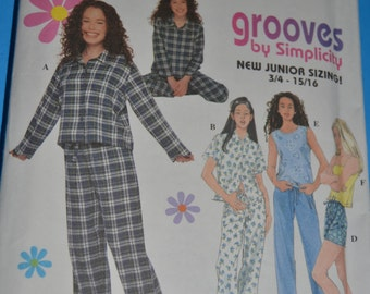 Simplicity 8911 JUniors Pajamas Sewing Pattern - UNCUT - Sizes 3/4 - 9/10