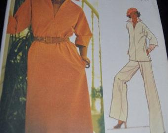 Vintage 70s Vogue 1200 Leo Narducci Misses Dress or Tunic and Pants Sewing Pattern- UNCUT Size 8  - UNCUT