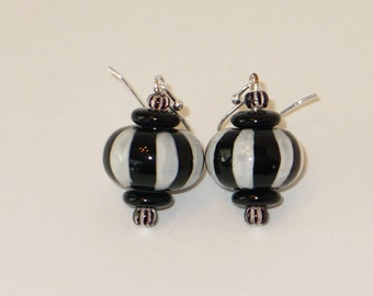 Black and white stripe glass bead earrings.