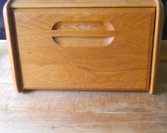 Vintage Cornwall Bread Box
