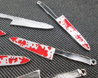 6 pieces - Bloody Knifes Charms Pendants knives  - CT - 0435