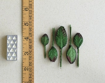 50 Assorted Mini Rose Leaves - Dark green paper leaves with wire stems - Made of Mulberry Paper