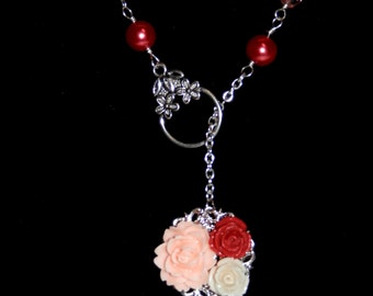 N8 Coral pearl and crystal necklace with resin flower pendant