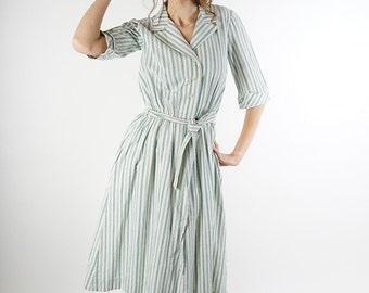 70s vintage dress, green striped women dress, midi summer day dress. size M