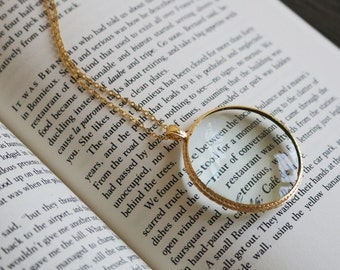 Magnifying glass necklace, Magnifying glass pendant, Vintage literary gifts, book lovers gift, solitaire minimalist simple delicate school