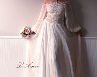 Custom Made Dreamy Vintage Style Elegant Long-sleeved Silk Chiffon Wedding Dress Gown