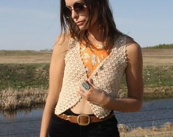 Vintage 70s Crochet Knit Festival Woven Cream White Button Up Cropped Vest Tank Top Sheer Hippie Waistcoat