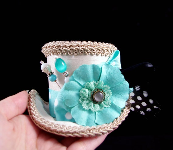 Teal Polka Dot with Flower on Beige Small Mini Top Hat Fascinator, Alice in Wonderland, Mad Hatter Tea Party, Derby Hat