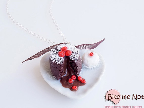 Mini Food Souffle with Ice Cream Necklace, Chocolate Soufflé, Chocolate Cake Necklace, Cake Jewelry, Miniature Food Jewelry, Clay Sweets