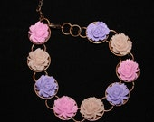 Beauitful Round Adjustable Bracelet with 14mm Rose Flower Cabochon