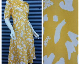 Womens Vintage Retro 1970s Jonathan Summers Yellow Abstract Print Cowl Neck Flutter Sleeve Midi Dress Plus Size