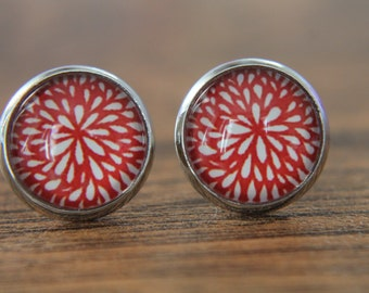 Red Earrings, Floral Earrings, Floral Studs, Red Flower, Glass Dome Earrings, Small Studs, Post Earrings, Stud Earrings, Red Studs