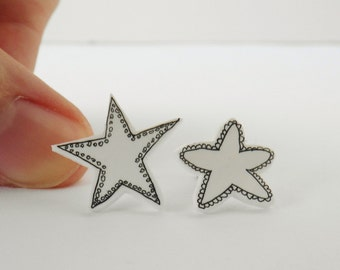 Black and white starfish earrings, mismatched beach earrings