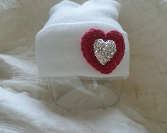 Valentine's Day Hat. White Hospital Newborn Hat with Red heart and Rhinestone center for added Sparkle. Newborn Hat, Baby Girl Hospital Hat
