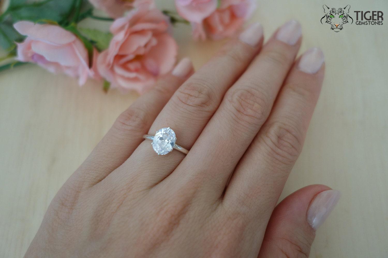 2 carat diamond ring real size fancut size 7 2 carat oval cut engagement zoom nvjuhfo Choice Image