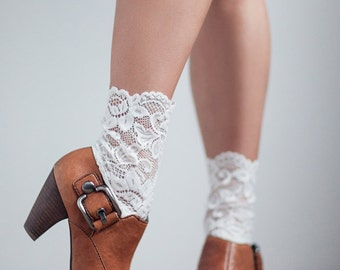 LaceBoot Trim, Boot Topper Lace with Scallop Edge, White Lace Boot Cuff, Boho Boot Cuff in Lace, Gift For Her, Coachella, Festival,