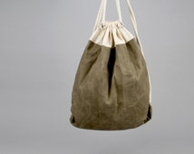 The Daniel Drawstring Backpack // Moss Green and Natural Waxed Canvas Two-Tone Backpack/Tote with Rope Drawstring