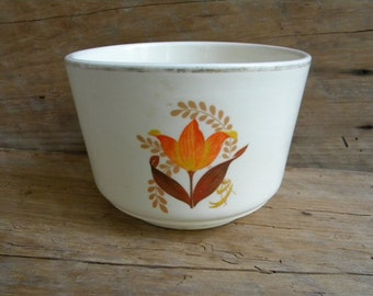 Vintage Bakerite 22 K Gold Oven Tested Mixing Bowl In Orange Tulip Pattern / Harker House Pottery / USA Pottery
