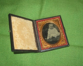 15% Off  SALE Antique 19th Century Framed Cased Daguerrotype Tin Type Baby Infant Child Photo Bare Feet Smiling-1800's Hinged Case