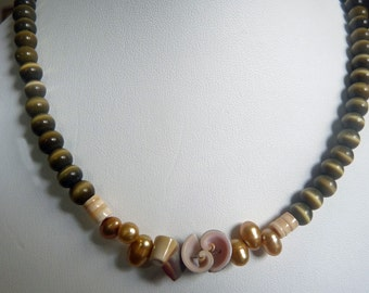 Camo Pearl Couture Necklace