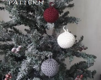 CROCHET PATTERN - Christmas Bauble Ornaments - Easy Crochet Pattern PDF - Permission to Sell Finished Items