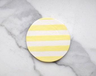 Coaster yellow stripes