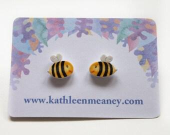 Bumble bee stud animal earrings