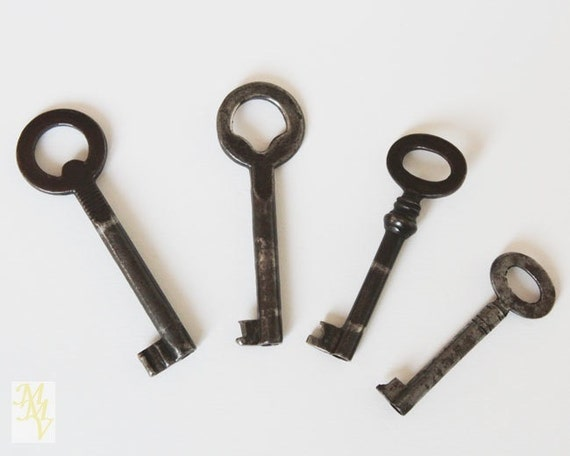 Llaves antiguas llaves de hierro llaves peque as colecci n for Llaves de bano antiguas