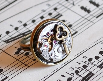 Steampunk Ring with Vintage Watch Movement and Key,Steam Punk Jewelry-Ready to Ship