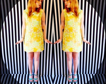 SALE! Original 60's 60s vtg vintage peter pan collar with bow mod twiggy mary quant style go-go mini dress!