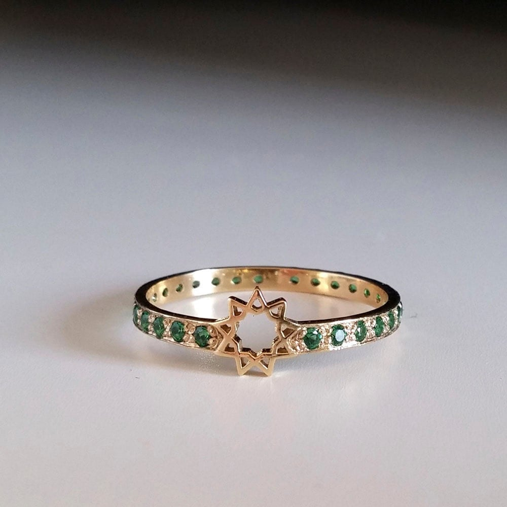 Emerald Eternity Ring Star Ring Green Stone Ring