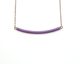 Handmade enameled necklace; curved bar in purple. Adjustable chain.