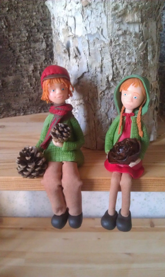 Victor, Mathilde, porcelain figurines cold saeljana. Christmas, walk in the forest, autumn and winter.